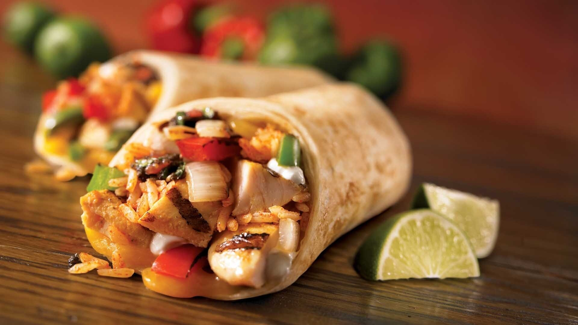 Burrito chicken close up 461198