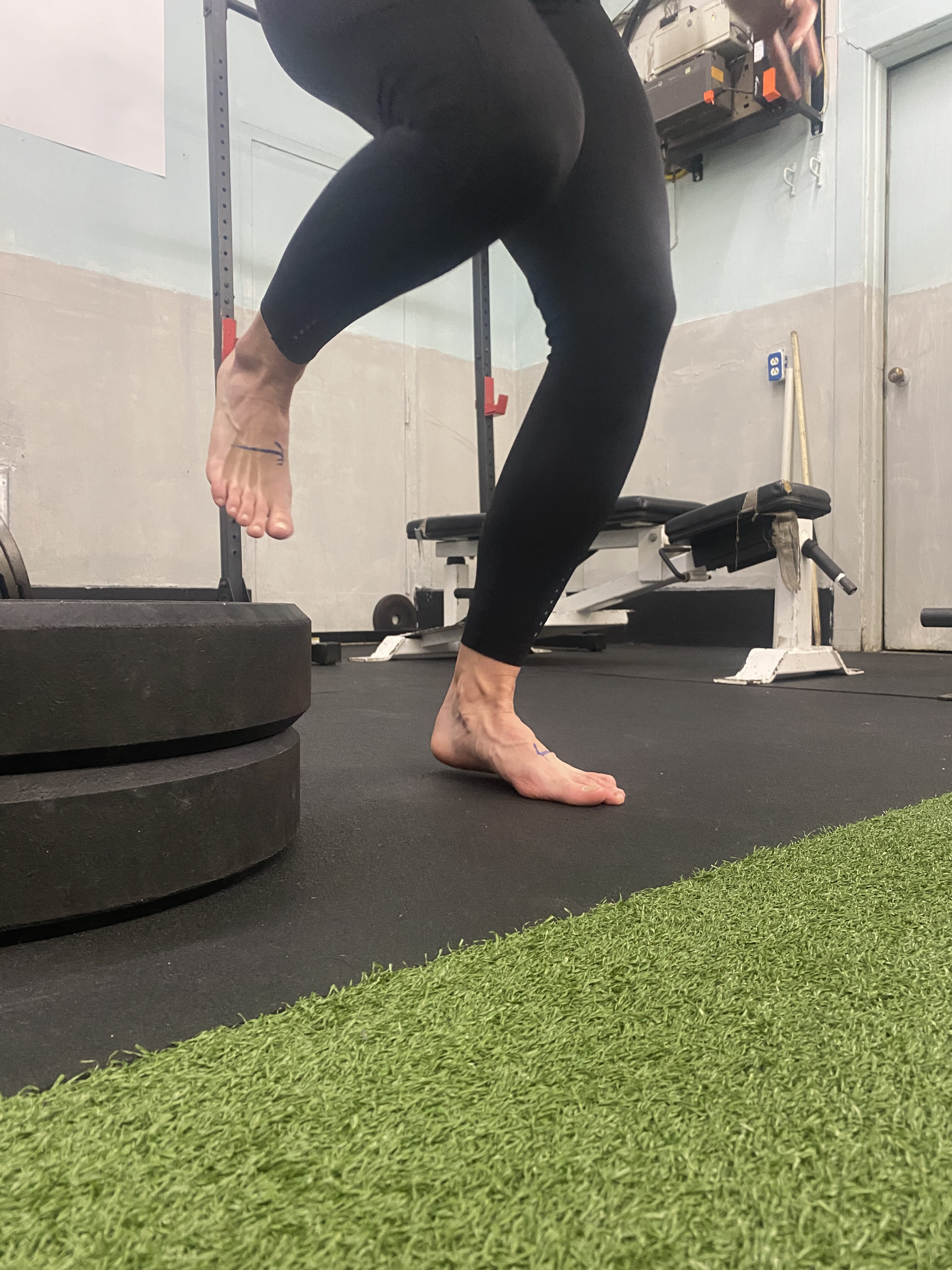 🦶🏽Are You Using Your Foot Arches? Probably Not🦶🏽⁠